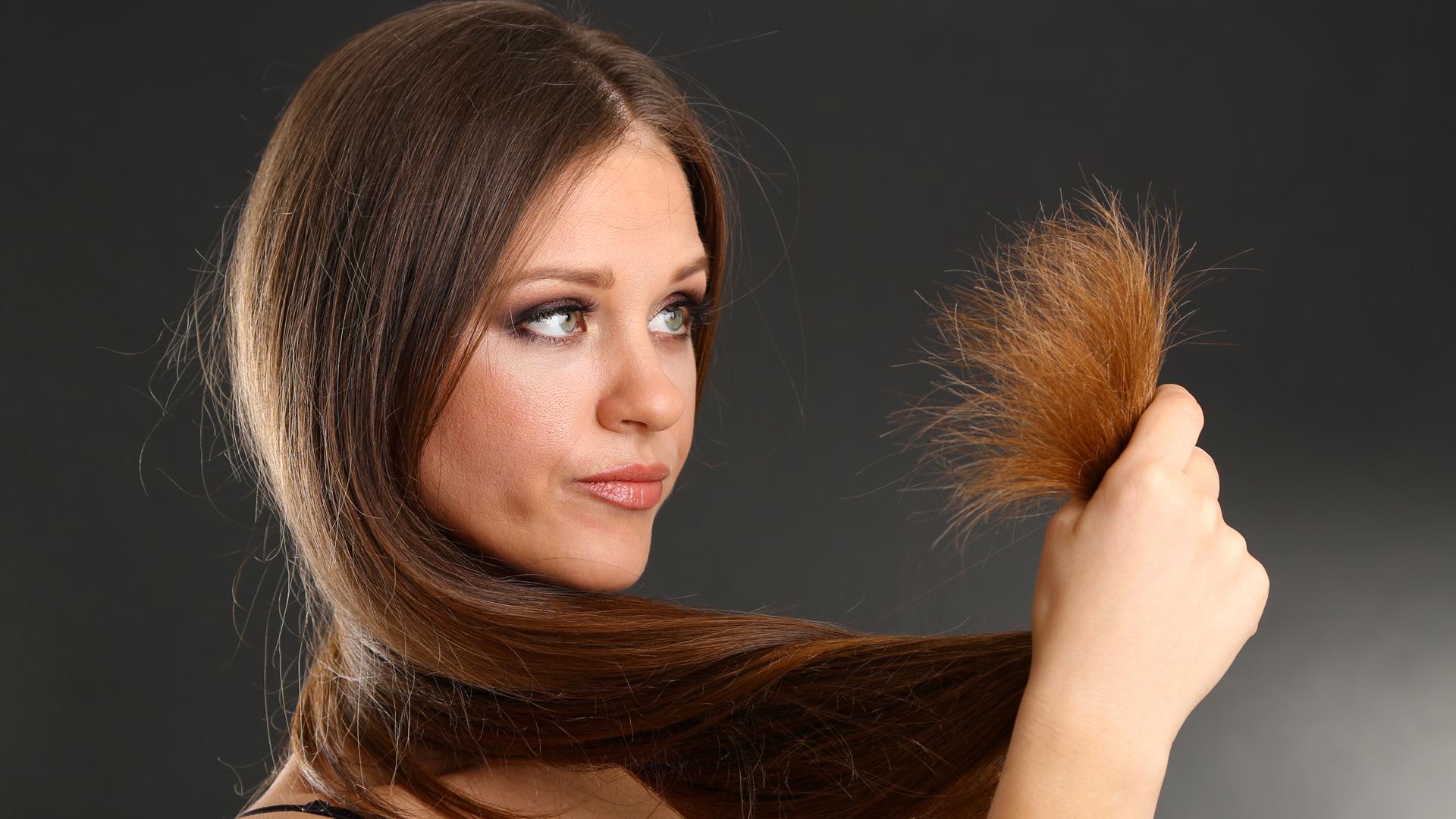 Cuida tu tinte 7 cosas que acaban con el color de tu for Salon 7 puntas corrientes