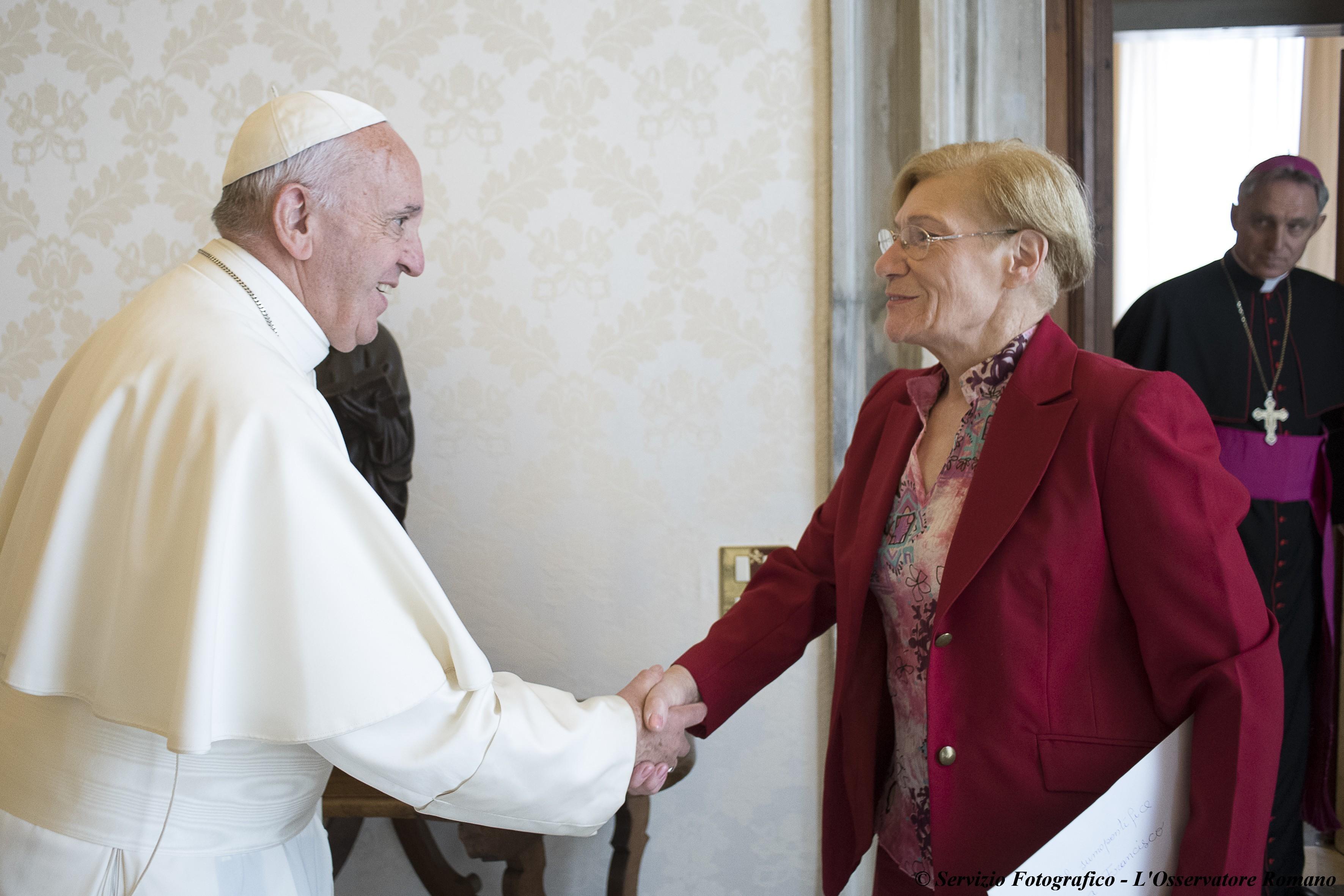 Otro encuentro entre el papa Francisco y la madre de Víctor Hugo Saldaño.