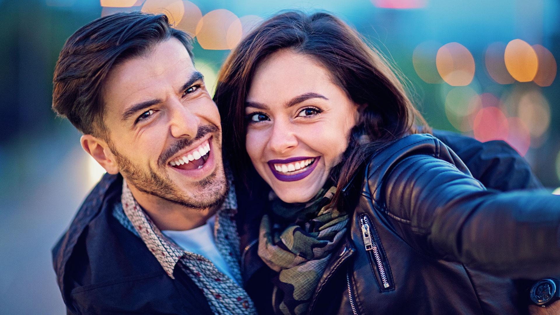 Las fotos que te haces en pareja dicen mucho de tu relación, según experto