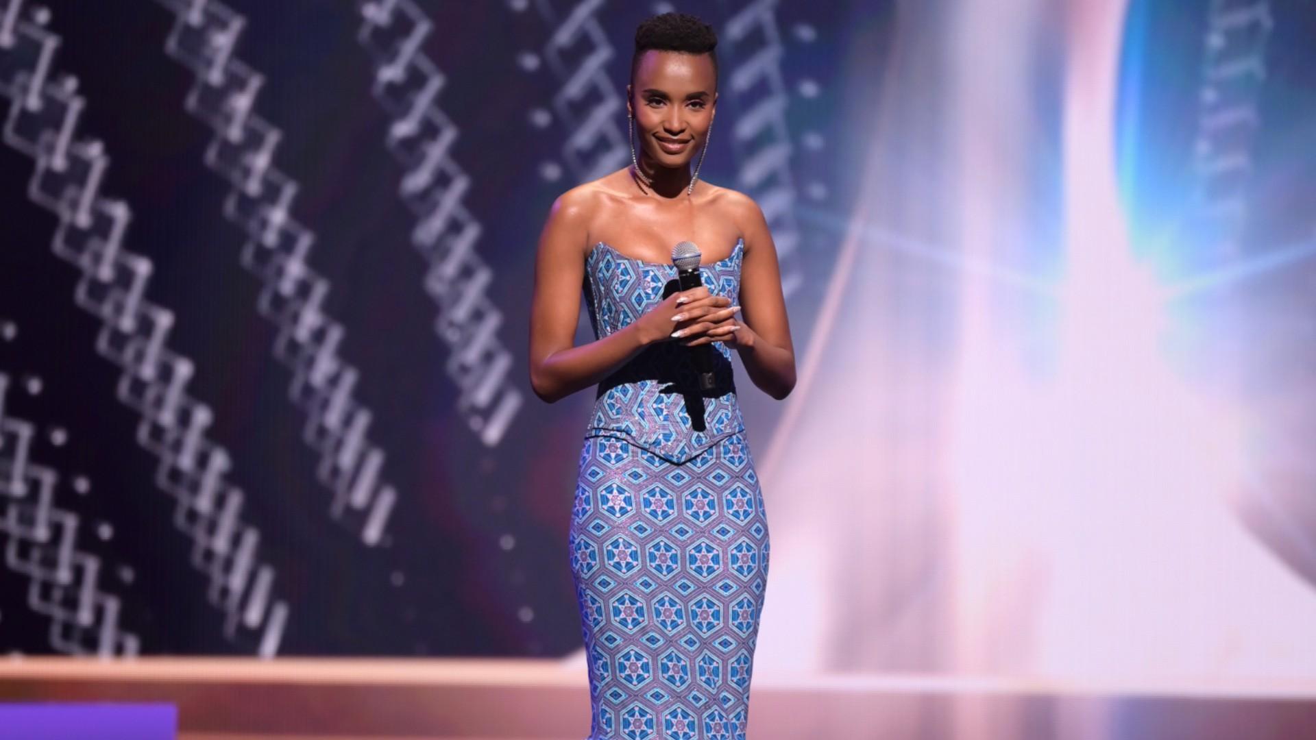 Miss Universo 2021: la última sesión de Zozibini Tunzi como Miss Universo  2019 | 69ª Edición