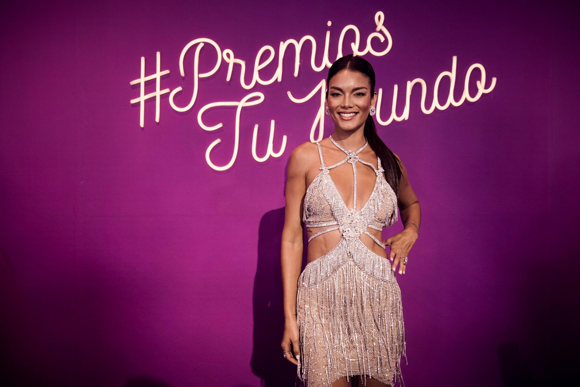 Los mejor vestidos de la alfombra de los Premios Tu Mundo 2017 ...