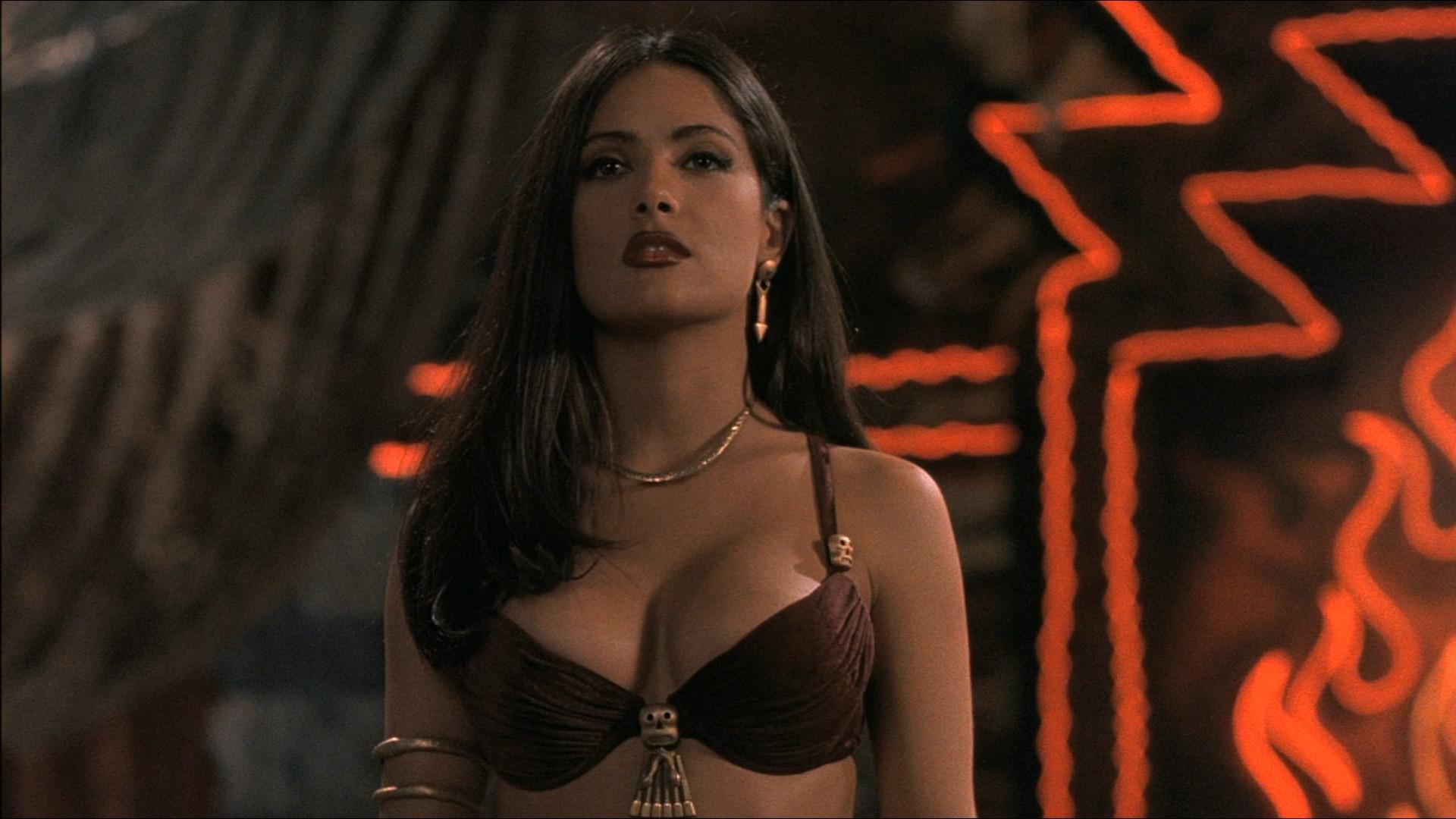 Camila Sodi Tetas los gifs m�s sexy de salma hayek | telemundo