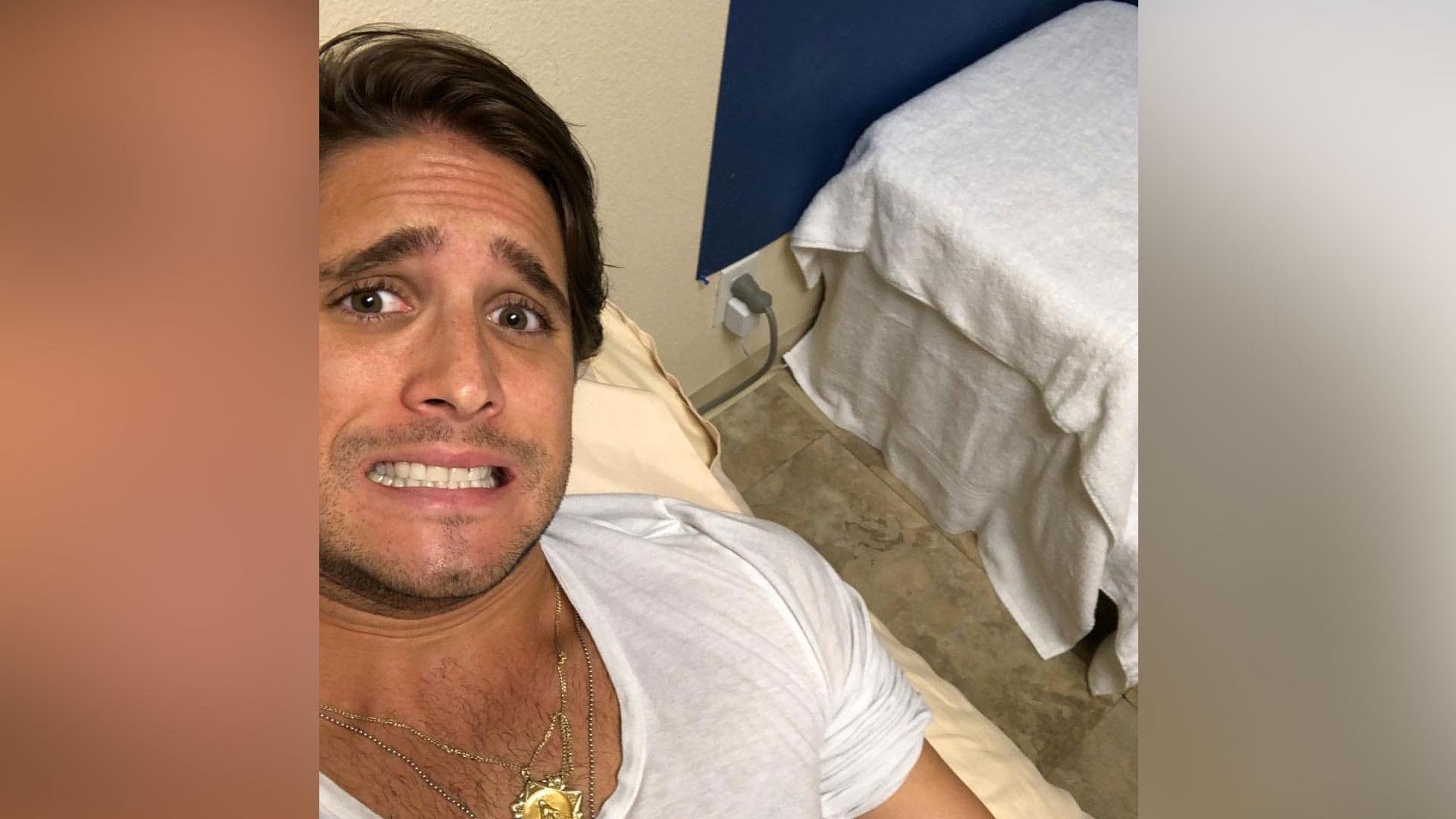 Diego Boneta Terminó En El Doctor Con Suero Video Telemundo
