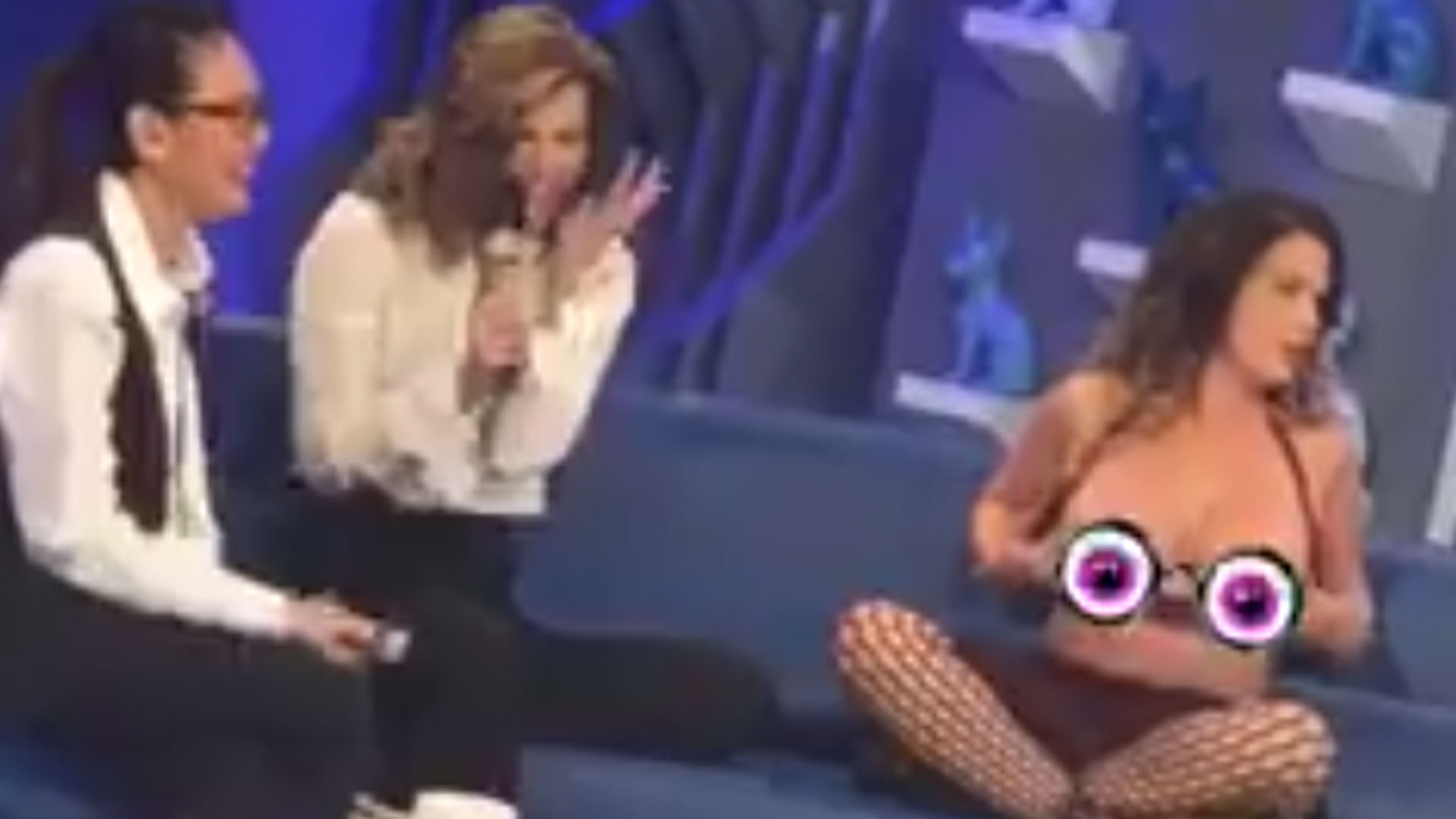 Niurka Marcos enseñó sus boobs en un programa de televisión (VIDEO ...