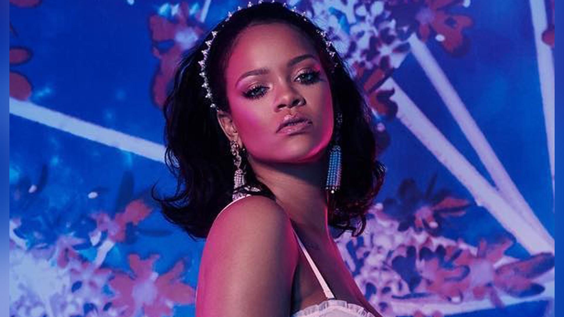 5b518d867c Rihanna posó en lencería y dejó muy poco a la imaginación