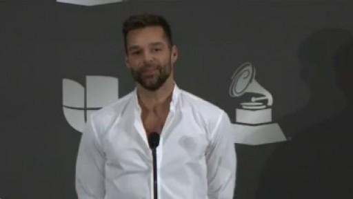 Ricky Martin revela su felicidad con el nacimiento de todos su hijos - Telemundo