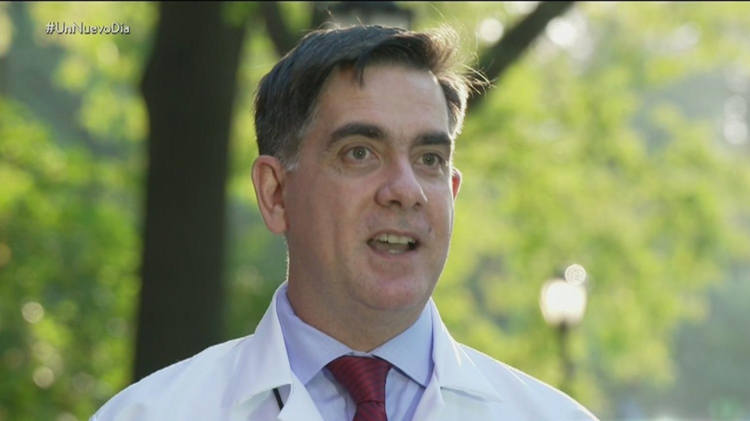 Médico venezolano que vivió brotes de ébola lucha contra el COVID-19