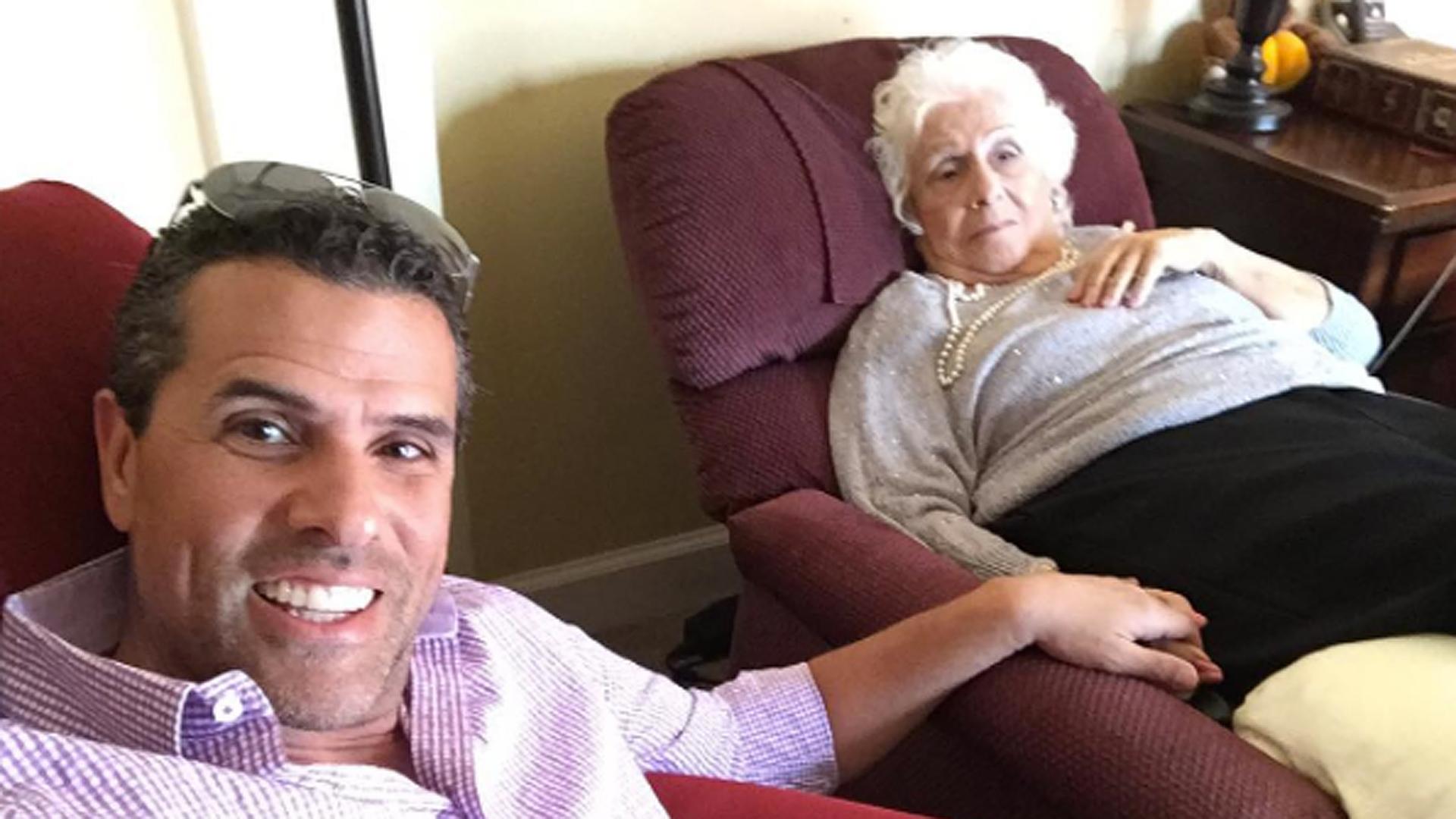 Marco Antonio Regil lloró al ser reconocido por su mamá con ...