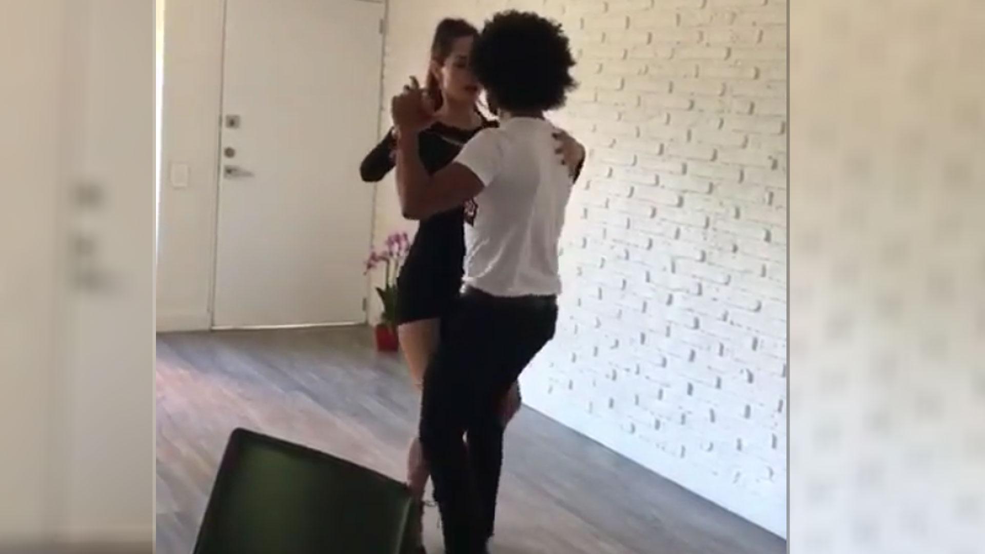 Chica de instagram bailando hace que te quieras correr - 1 2