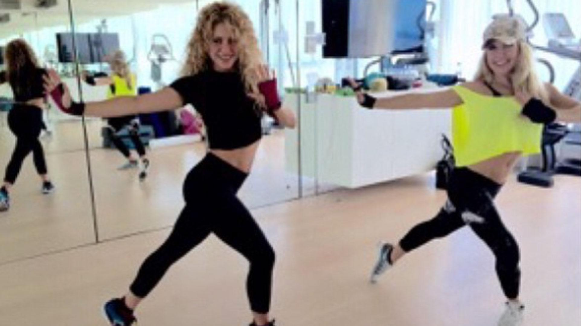 Shakira Tras Esbelta Meses Su Embarazo Figura Segundo Cuatro Luce PukXiZ