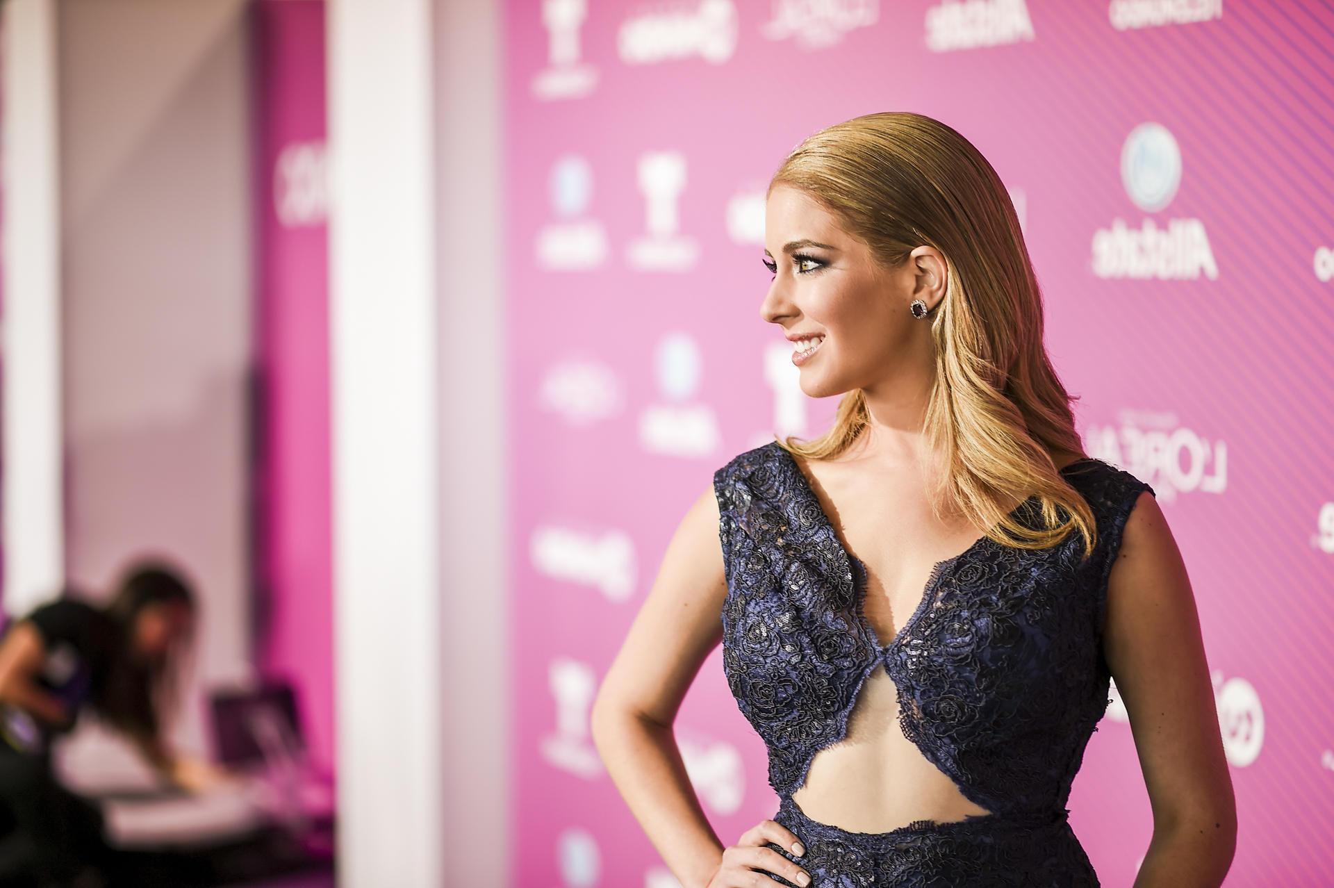La alfombra azul de Premios Tu Mundo 2015 (FOTOS) | Telemundo