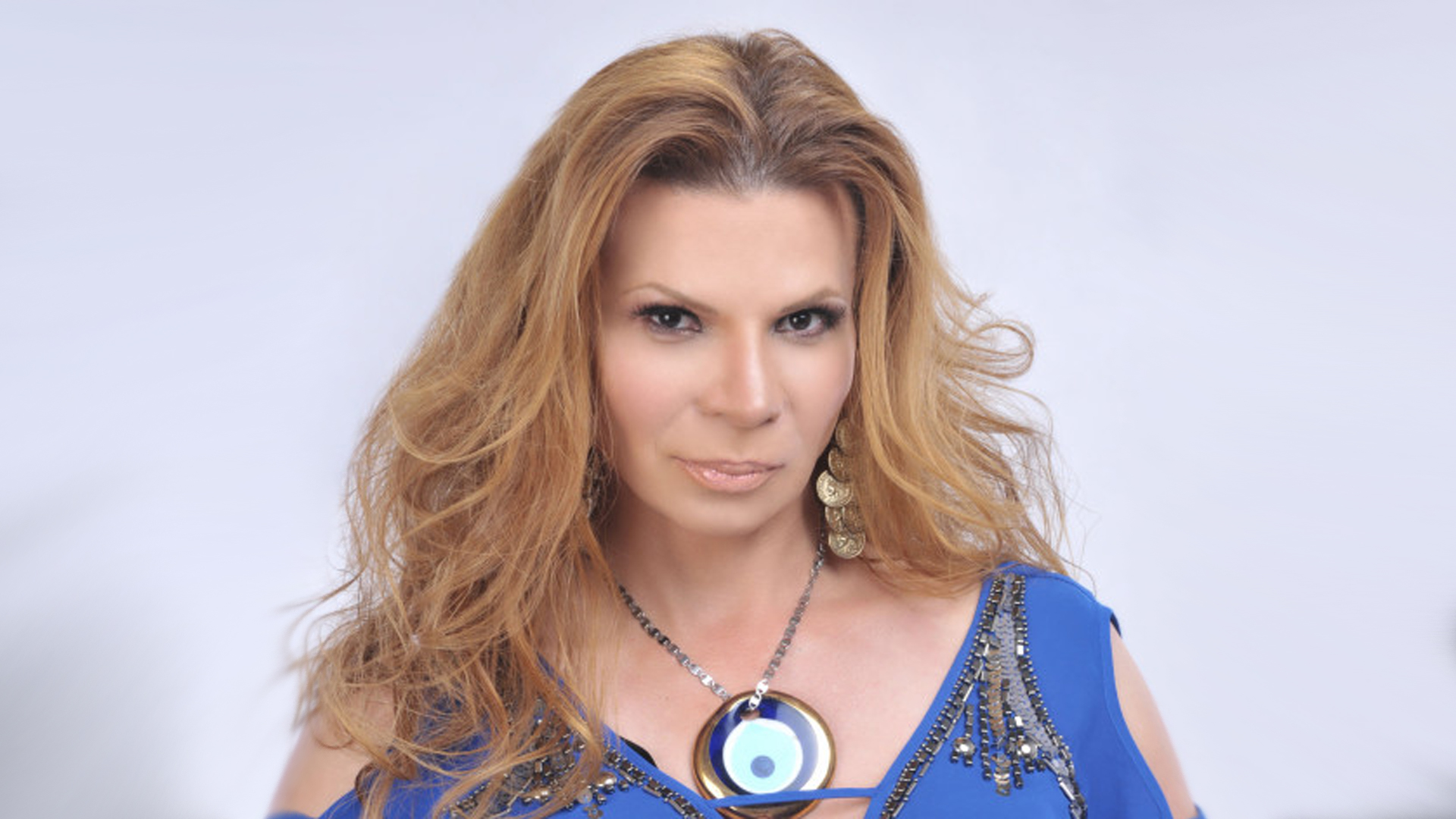 http://www.telemundo.com/sites/nbcutelemundo/files/images/promo/video_clip/2015/08/13/mhoni-vidente.jpg