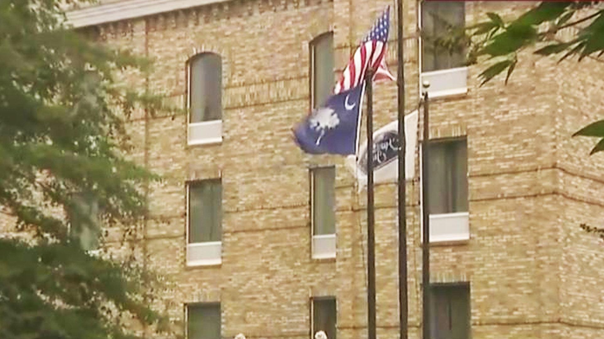 identifican el hotel donde ocurri el secuestro del que acusan a larry hernndez video telemundo - Larry Hernandez House