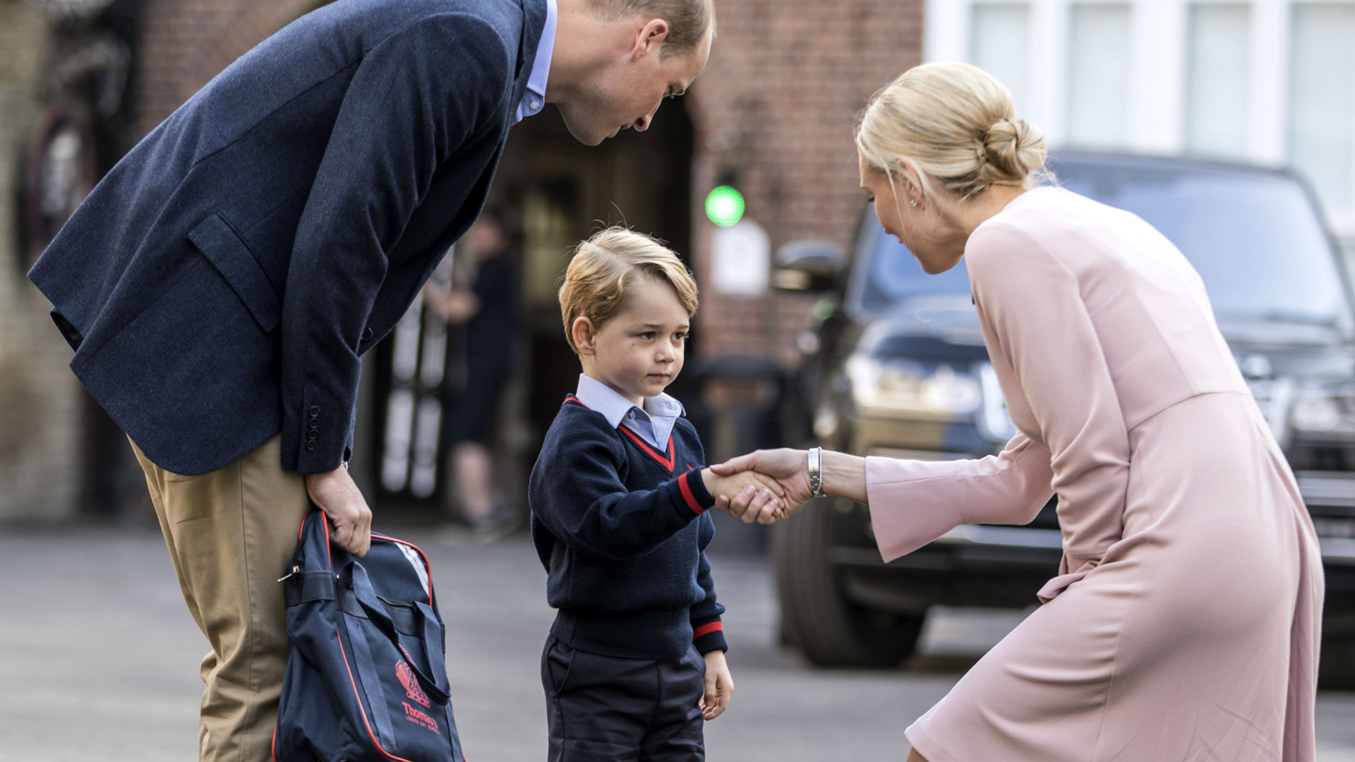 Príncipe George en su primer día de escuela
