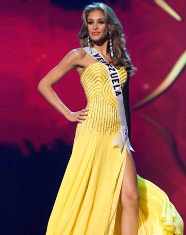 Miss 2008Dayana En Sus Mejores Universo Mendoza MomentosTelemundo EH29IDWY