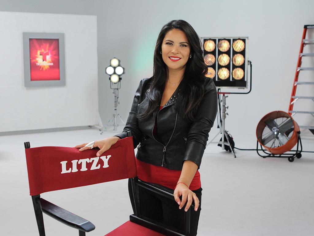 Allison Lozz Desnuda una aventura única con litzy detrás de cámara (fotos