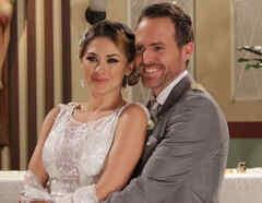 Aracely Arámbula y Erik Hayser en la boda de Lucía y Daniel en Los Miserables