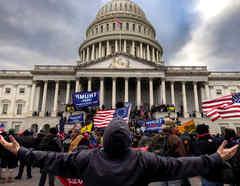 Manifestantes pro-Trump.