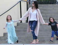 Megan Fox con sus hijos