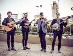 """El grupo """"Che Apalache"""", promotor del género musical """"Latingrass"""", ha enarbolado la defensa de los dreamers"""