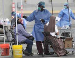 Realización de una prueba de detección del coronavirus en Homestead, Florida, el pasado lunes.