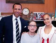 Jennifer Lopez, Ruth Ginsburg y Alex Rodriguez