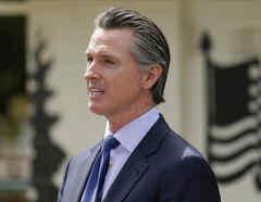 El gobernador de California, Gavin Newsom, en Yountville, California, el 22 mayo 2020.