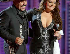 9th Annual Latin Grammy Awards - Show