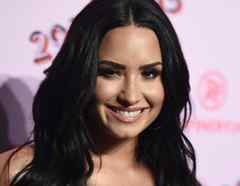 Demi Lovato en la apertura de 29rooms en Los Angeles