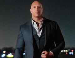 "Dwayne ""The Rock"" Johnson posando"