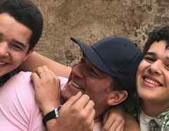 Eduardo Santamarina con sus hijos Roberto y José Eduardo