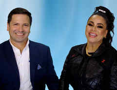 Carolina Sandoval y Nick Hernández