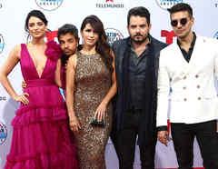Los Derbez en los Latin American Music Awards