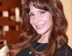 Lorena Rojas, Trayectoria, El lado humano de la fama