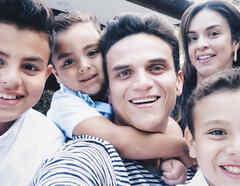 Silvestre Dangond con su familia
