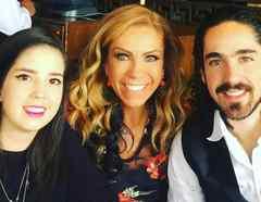 Rocio Sanchez Azuara su hija Daniela y su hijo José Luis