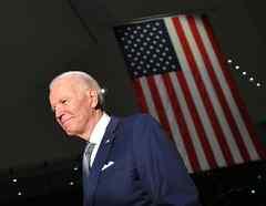 El precandidato demócrata Joe Biden en una convención en Philadelphia