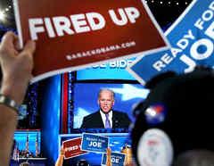 El exvicepresidente Joe Biden en el escenario en el último día de la Convención Nacional Demócrata en septiembre de 2012 en Charlotte, Carolina del Norte.