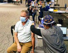 Vacunación contra el COVID-19 en Minnesota