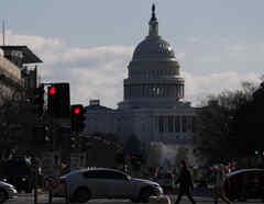 Una de las primera medidas del presidente, Joe Biden, al llegar a la Casa Blanca fue pedir al Congreso un nuevo paquete de estímulo económico.