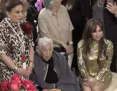 Abuela de Laura Zapata y Thalia