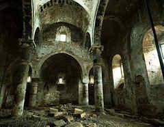 Iglesia derrumbada en Bolivia