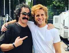 Martín Bello y Diego Boneta en 'Luis Miguel, la serie'