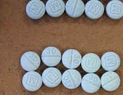 Foto de archivo de pastillas de fentanilo