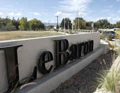 Un letrero anuncia la llegada a la colonia LeBaron, en Chihuahua, México.