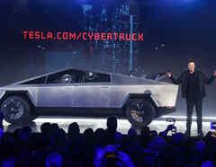 Tesla saca auto a prueba de balas pero falla prueba en pleno escenario
