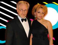 Steven Spielberg Y Mikaela Spielberg