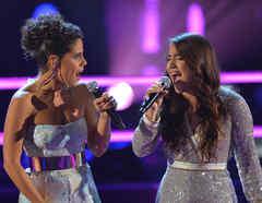Emily Piriz y Alejandra Mor en las batallas de La Voz US 2