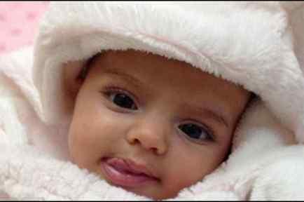 Aitana hija de Eugenio Derbez y Alessandra Rosaldo