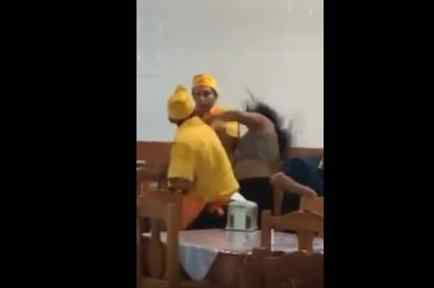 Golpean a mujer en taquería la Guelaguetza